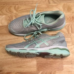 ASICS gel kayano shoes size 7
